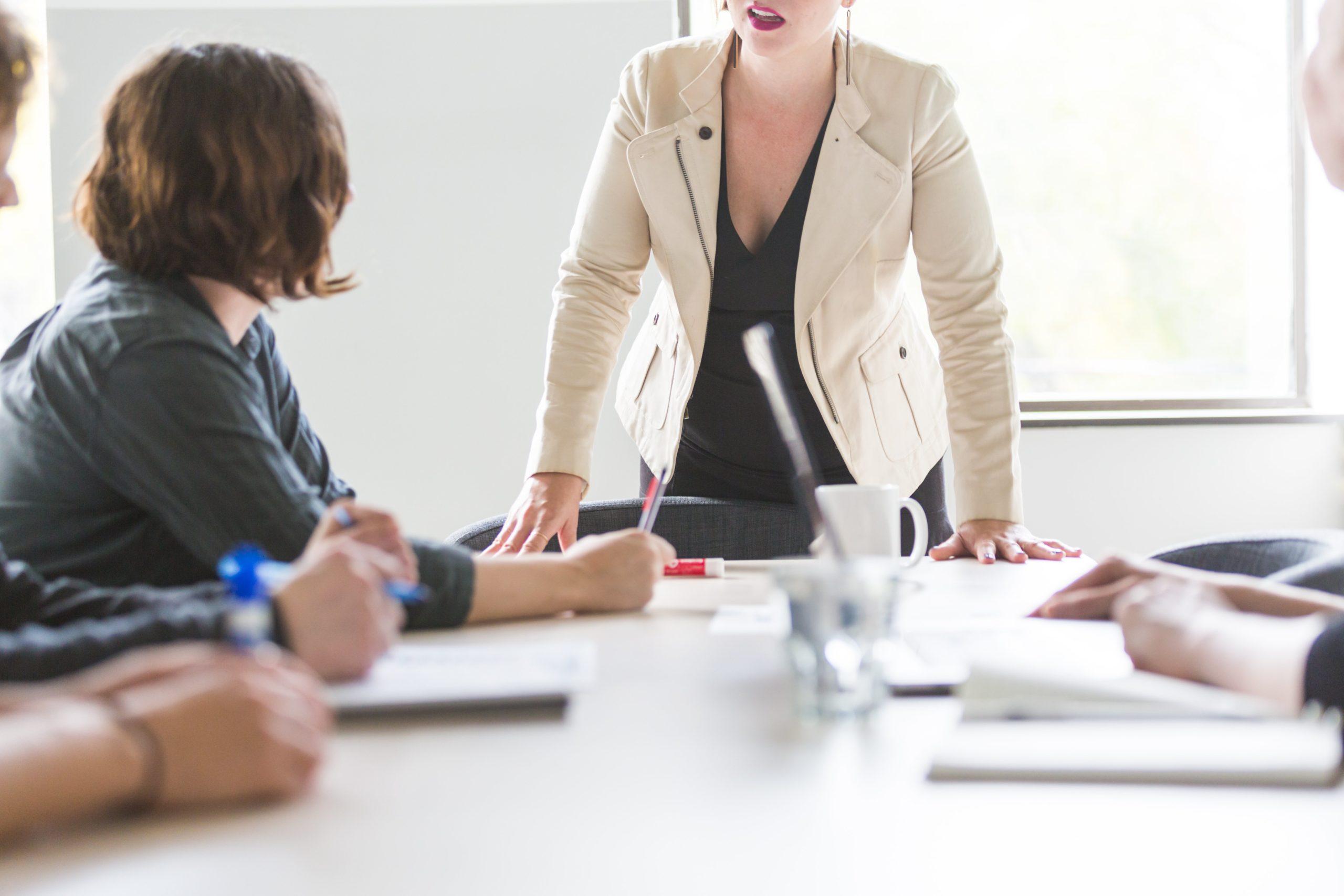 ¿Qué se debe de tomar en cuenta al momento de crear una empresa?